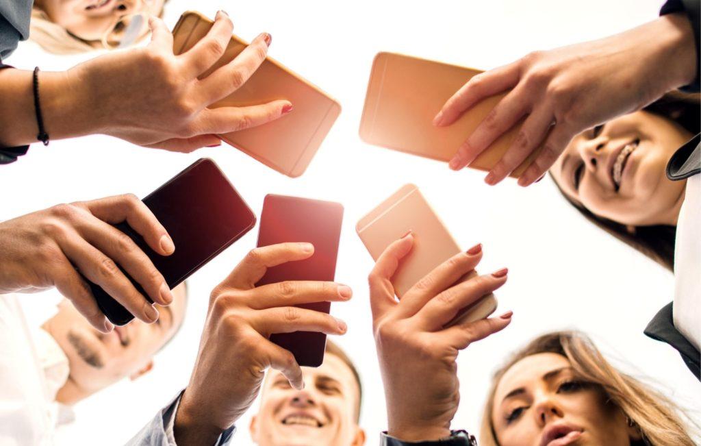 Dinamicas Creativas - Redes Sociales